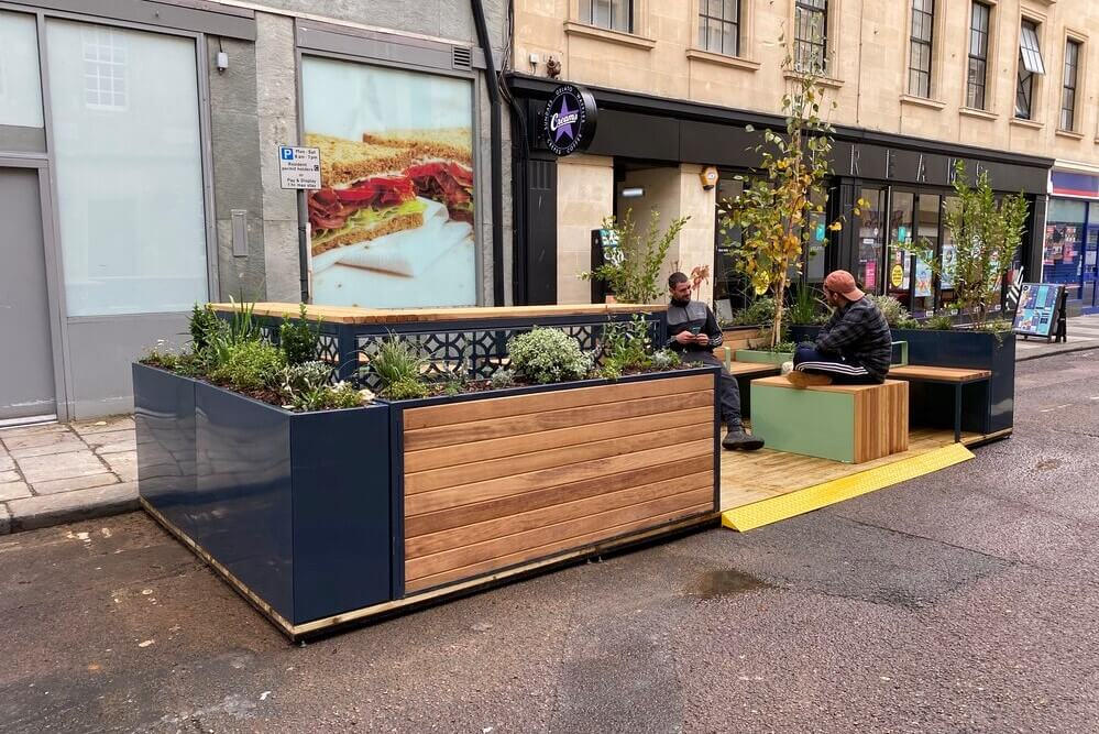 Parklet with ramp access
